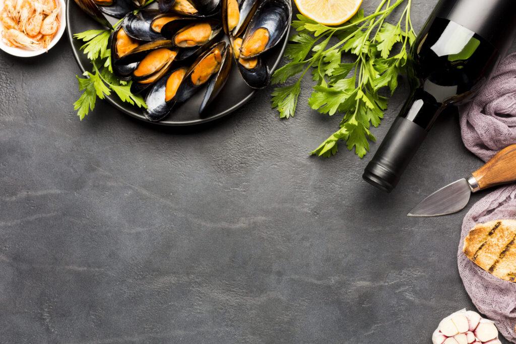 Los mejillones siempre triunfan son muy fáciles de preparar, lánzate también con un vino elegido especialmente para acompañarlos